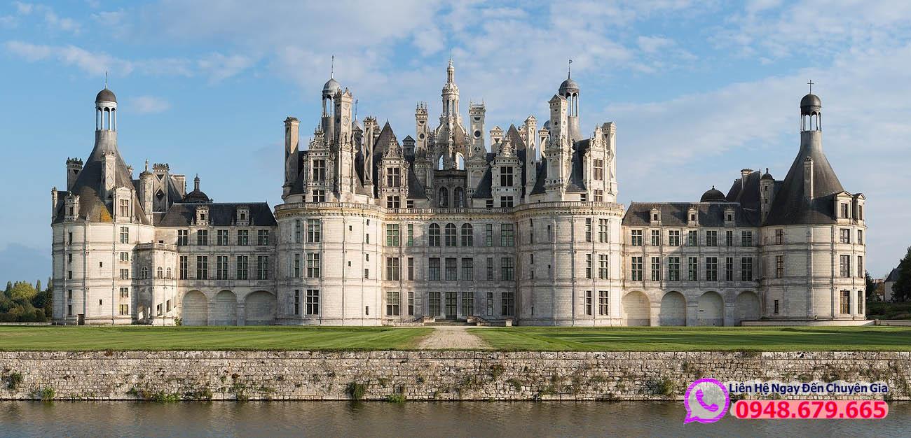 Lâu đài Chateau chambord