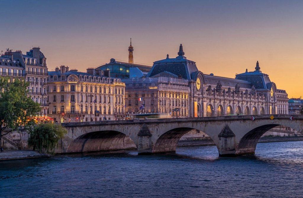 Bảo tàng thành phố Paris Pháp