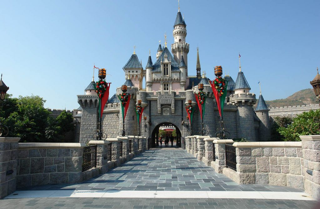 Công viên Disneyland Hongkong
