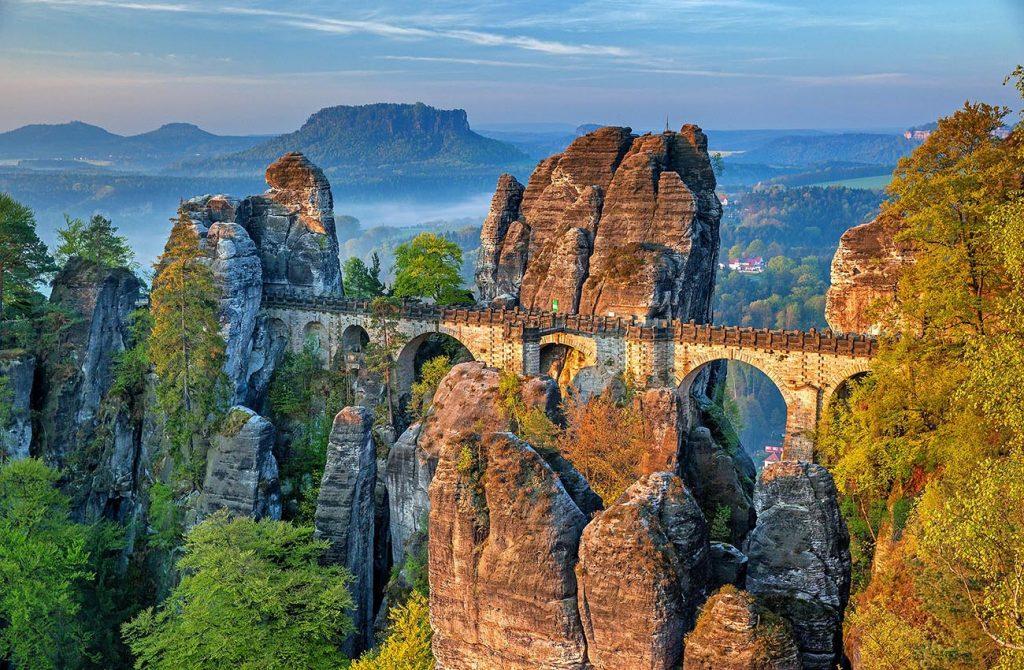 Cầu Bastei nước Đức