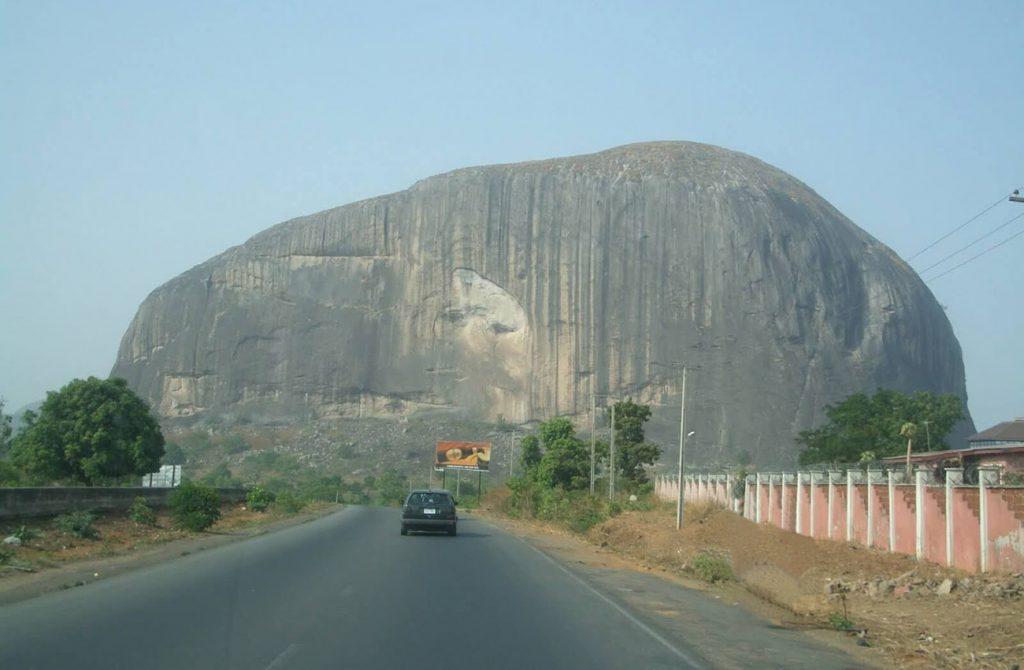 Núi đá Aso Rock Abuja - Nigeria
