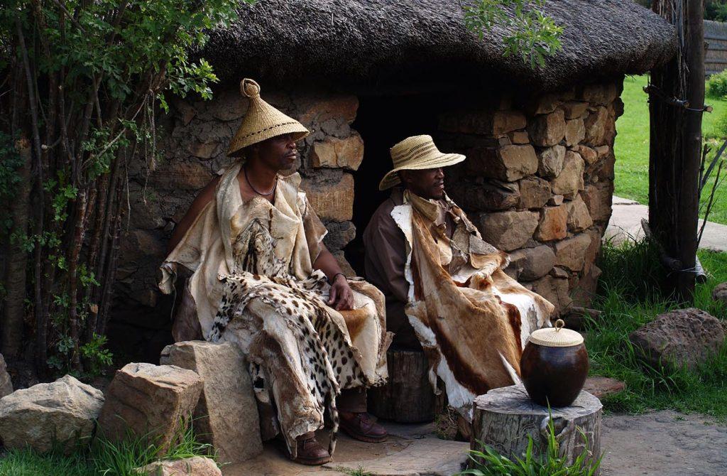 Trang phục dân tộc người Nam Phi